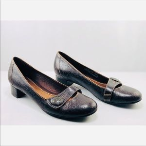 clarks Shoes - Clarks Artisan | Floral Embossed Leather Mary Jane